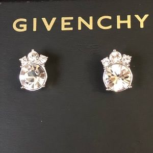 Givenchy clear gem earrings 💎